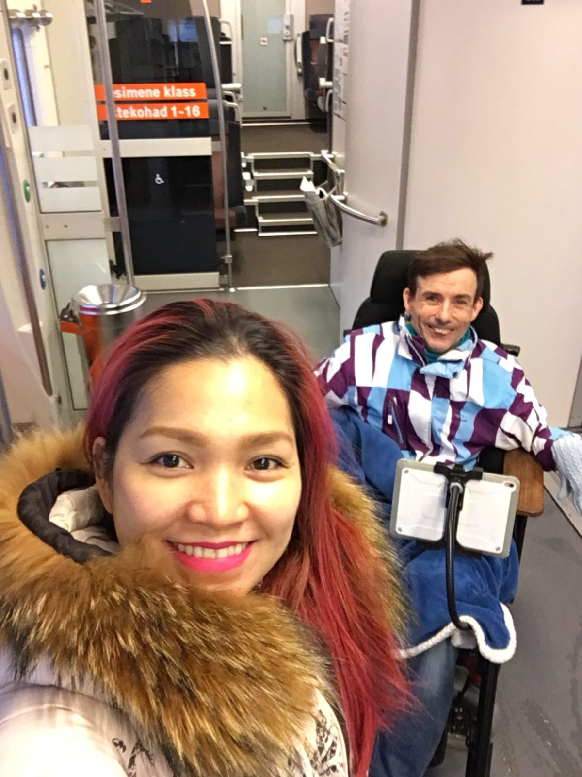 RONGIGA LIIKVELE: Enne Tallinnasse kolimist käisid Meelis ja Mari Kaiust elu uudistamas rongiga.